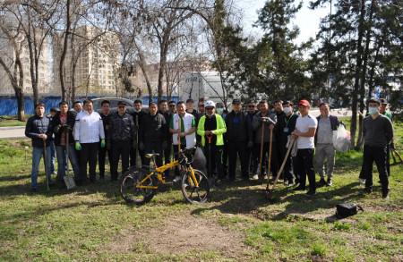 Сотрудники Головного офиса ОАО «Айыл Банк» провели субботник